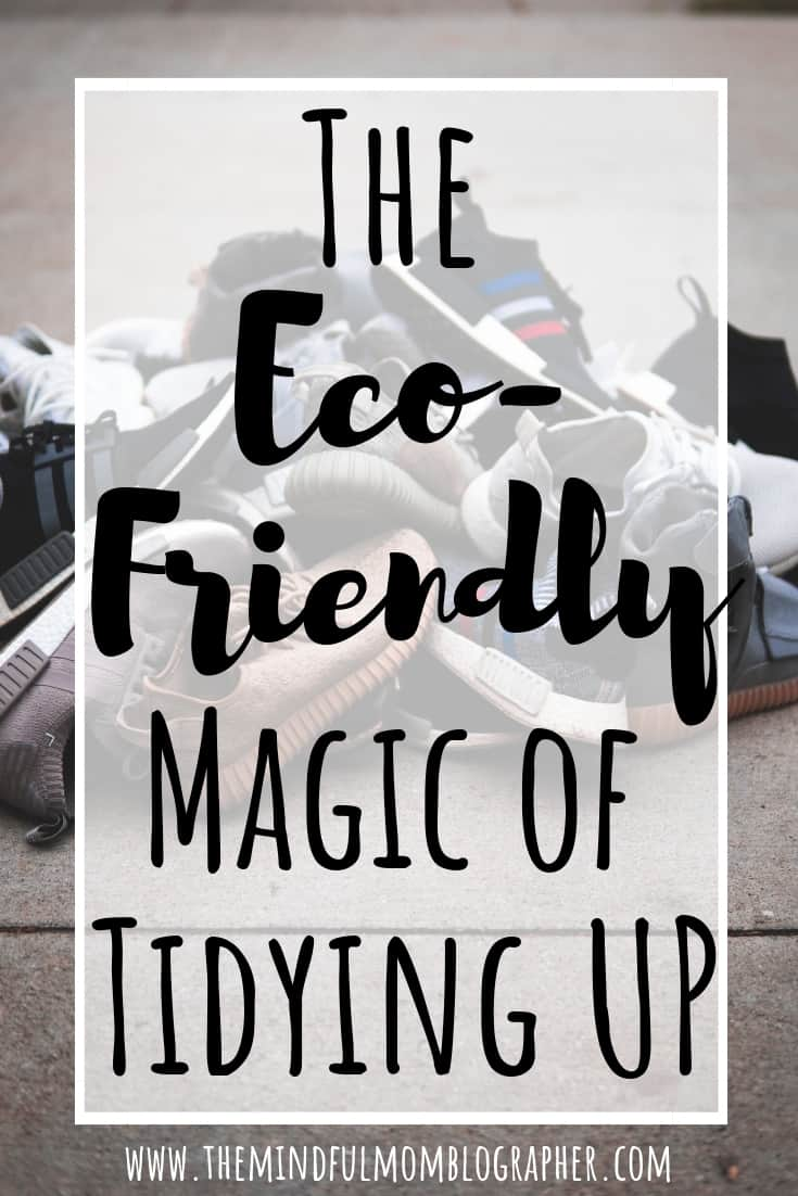 Wondering what to do with all your clutter to avoid it going into the landfill? This guide has tons of resources to help! #declutter #environmentallyfriendly #ecofriendly #decluttering